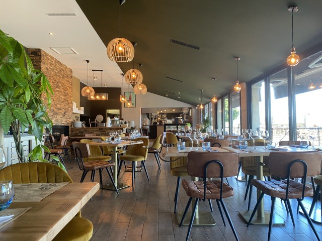 Les Terrasses de Bonnieux Salle de restaurant